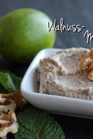 Walnuss-Minz-Dip