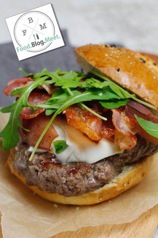 Food.Blog.Meet.-Burger