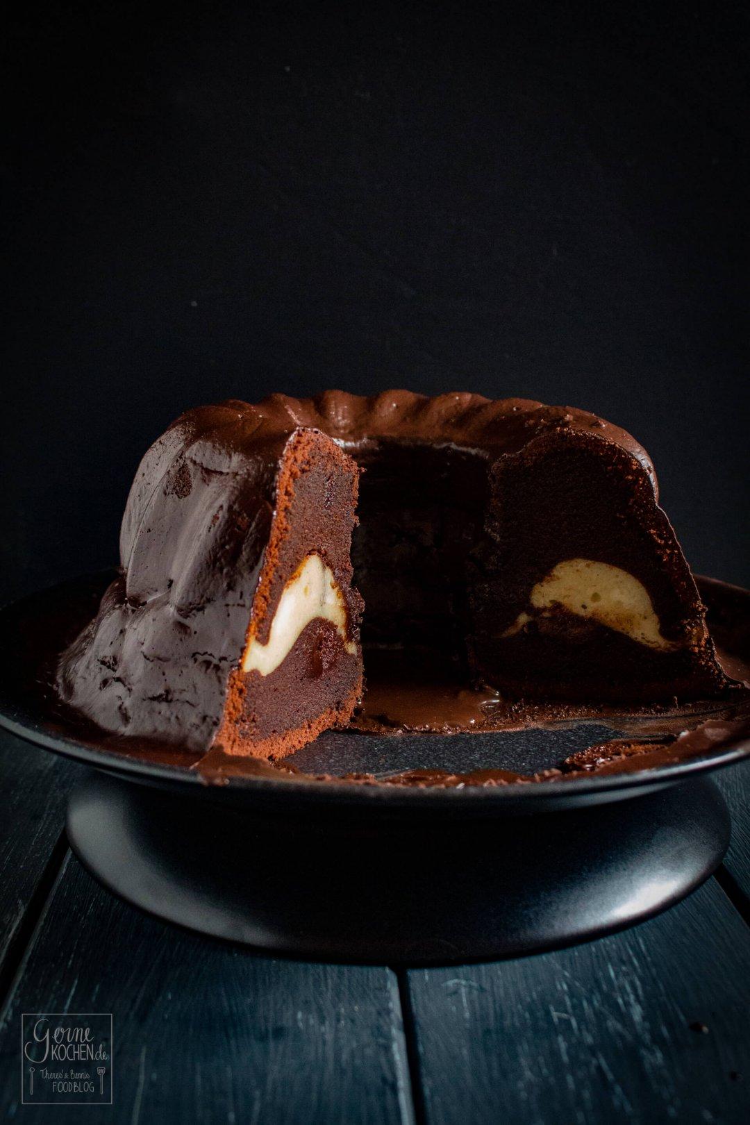 rezept schoko gugelhupf mit cheesecake f llung. Black Bedroom Furniture Sets. Home Design Ideas