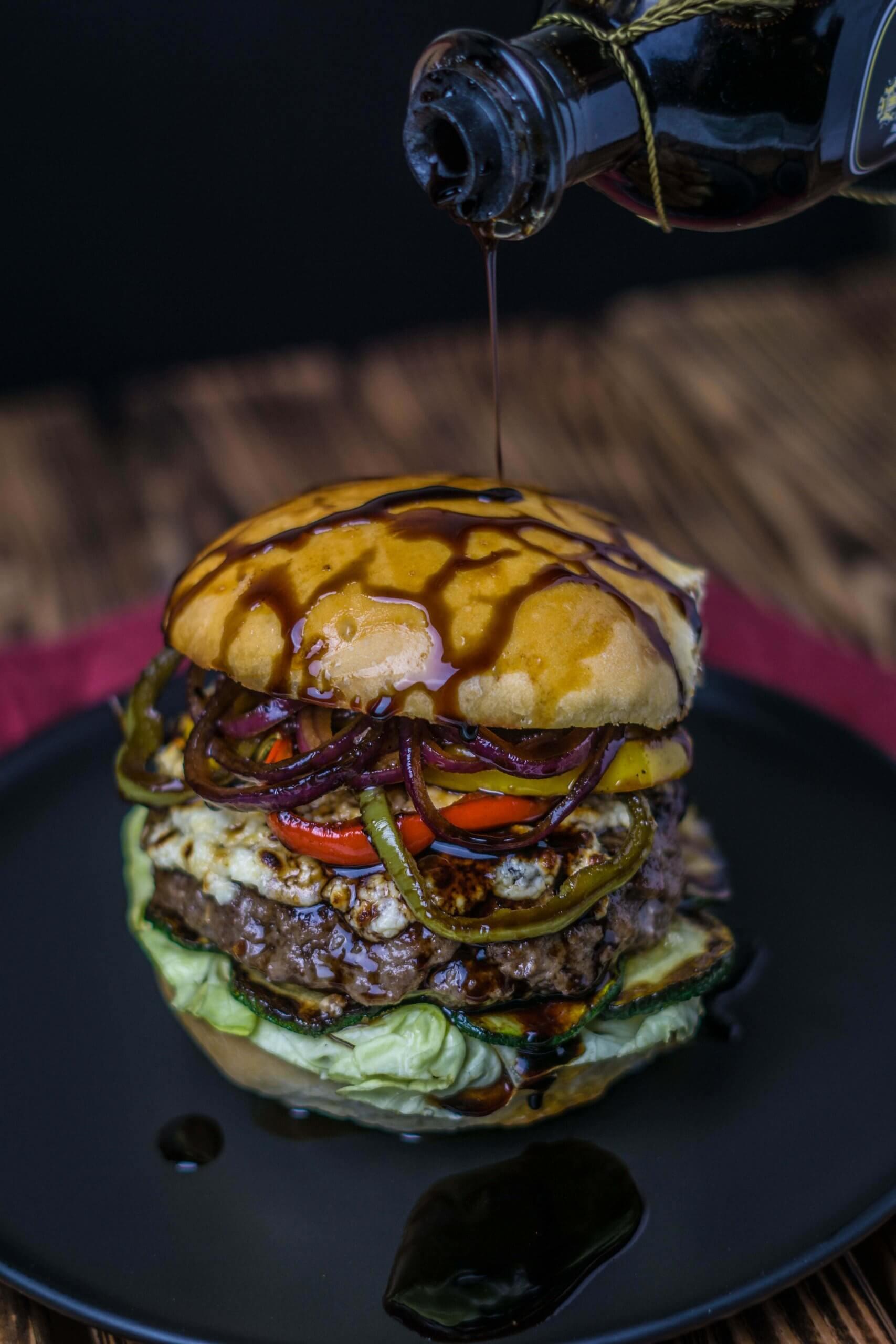 Zum Geburtstag gibt es heute einen Antipasti Burger von Kevin a.k.a. Onkel Kethe