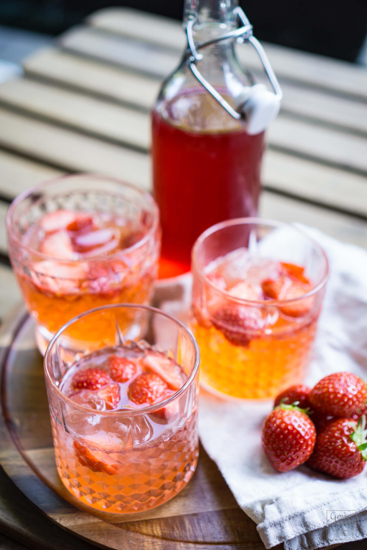 Erdbeeren-limetten-gin