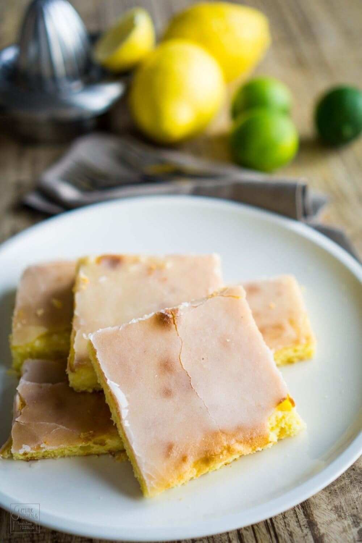 Rezept Zitronenkuchen Mit Grilllimetten Glasur Gernekochen De
