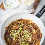 Chinesisches Rindfleisch mit Zwiebeln und Erinnerungen aus meiner Kindheit