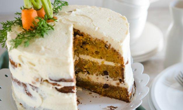 Carrot Cake mit Frischkäsefrosting – Unser erster Naked Cake