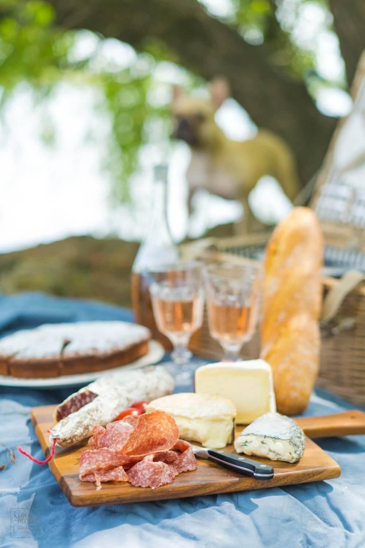 Französisches Picknick mit Schokomaronenkuchen