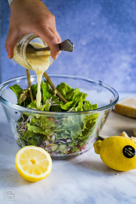 Zitronen-Parmesan-Dressing