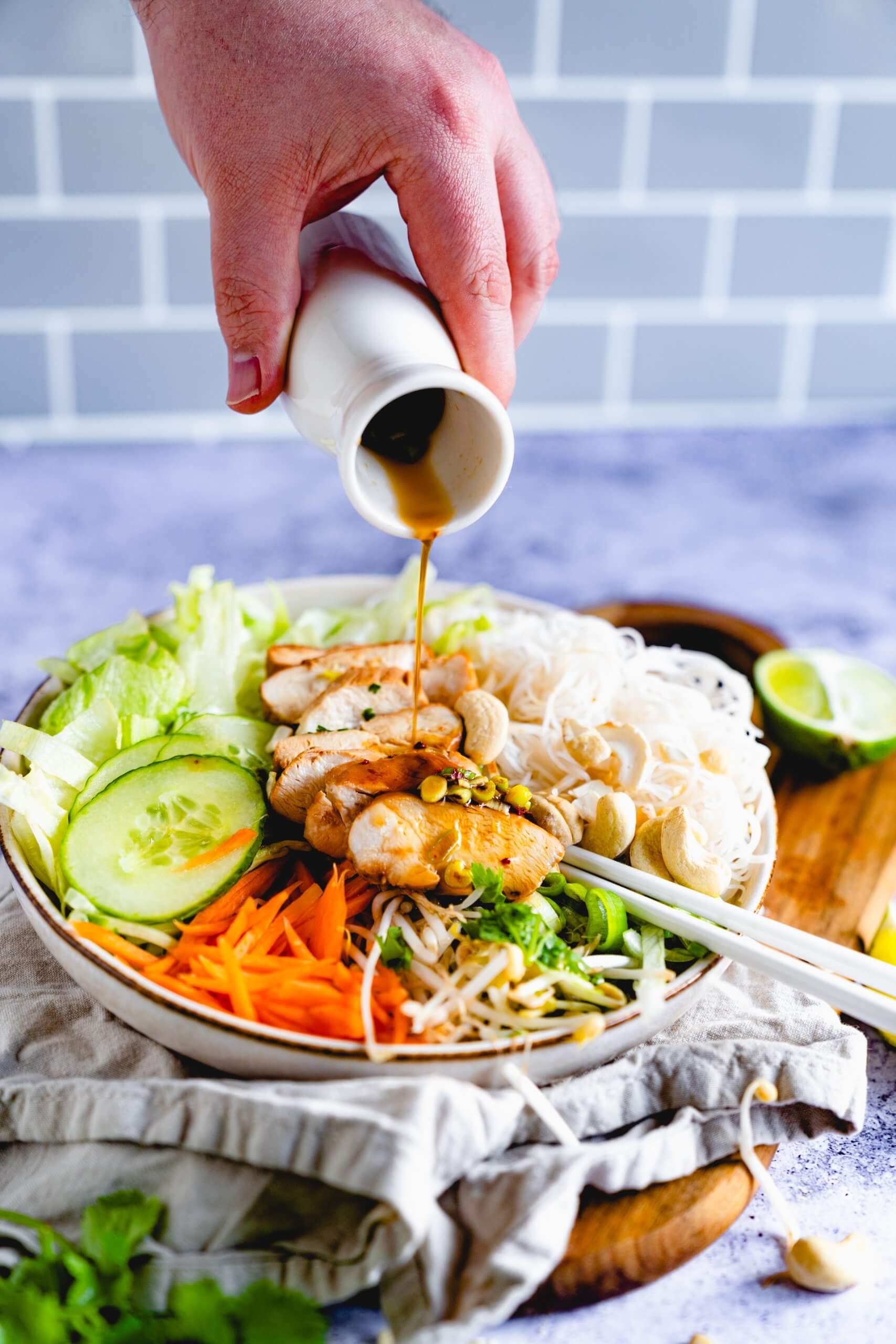 Vietnamesische Nudel-Bowl