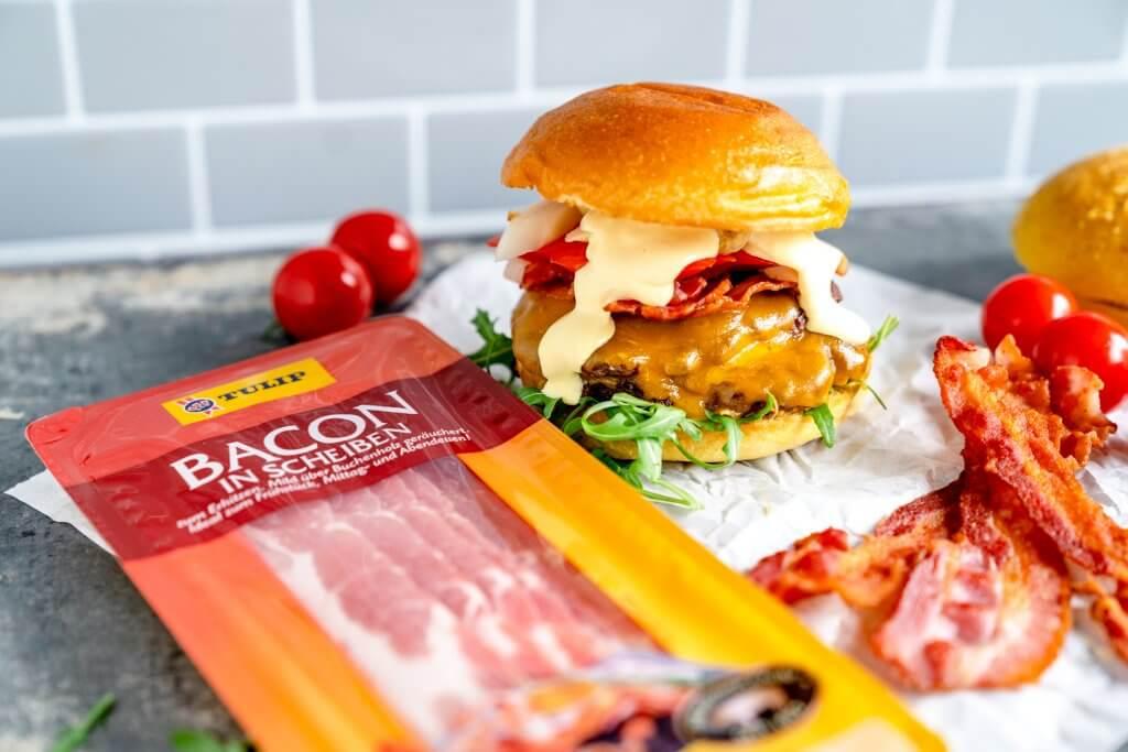 Wagyu Burger mit Bacon